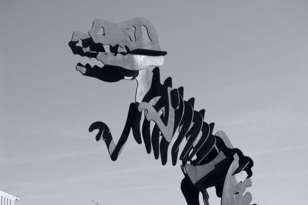 T-Rex Dinosaurier aus Cortenstahl